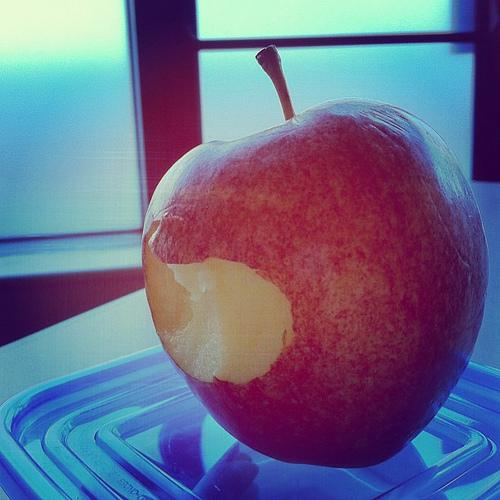 evolutionyou.net   apple