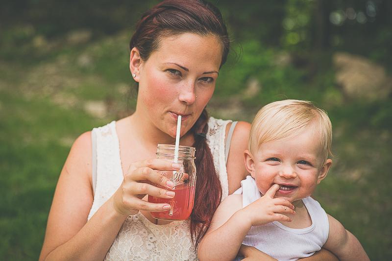 family picnic | livelovesimple.com