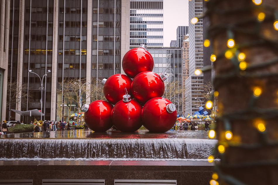 NYC Christmas | livelovesimple.com