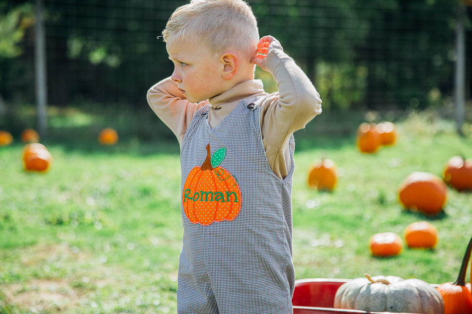 pumpkin picking // livelovesimple.com