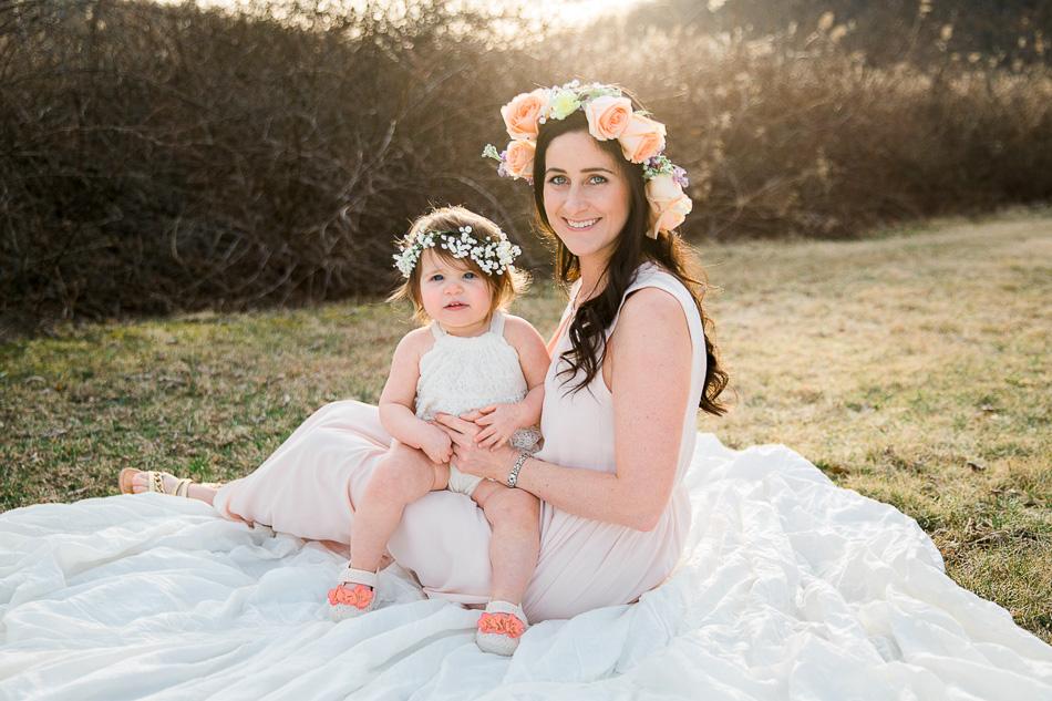 Mommy & Me Photography // livelovesimple.com
