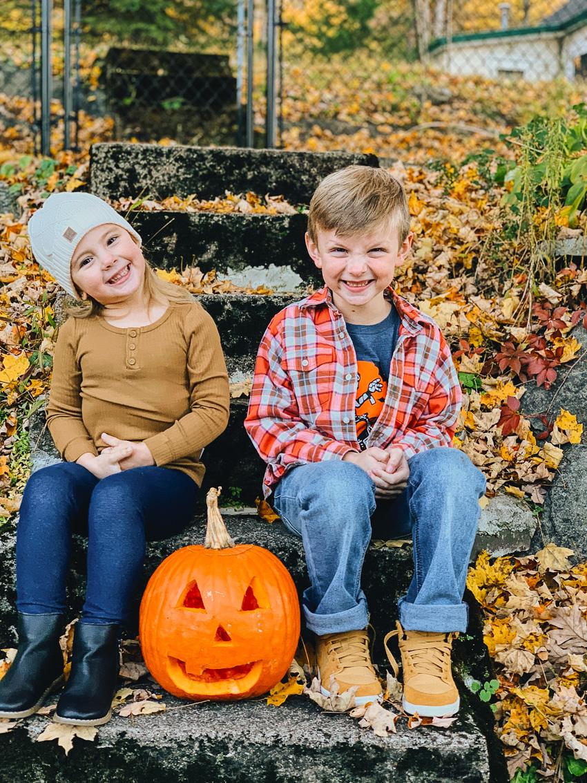 carving a pumpkin // livelovesimple.com