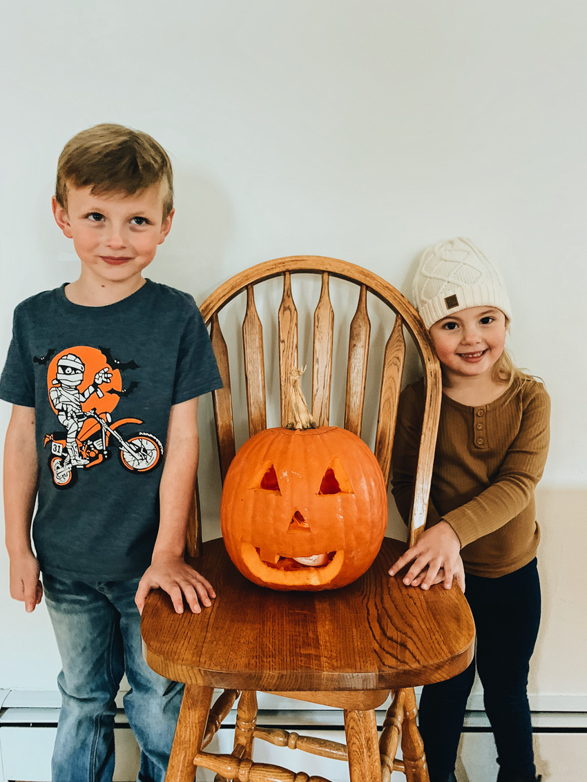 carving a pumpkin // livelovesimple.com
